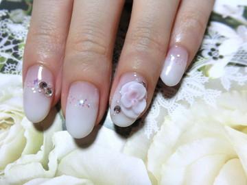 シンプルホワイトグラデーション★ホロ&3Dふんわりお花