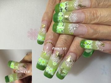 0 0 1,324; 蝶と花の、フレンチなグリーン色で春のロングなデザスカネイル
