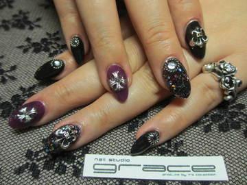 8 0 1,043; シルバーパーツがかっこいい! nail studio grace